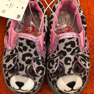Jump A Roos Size 5-Toddler-NWT
